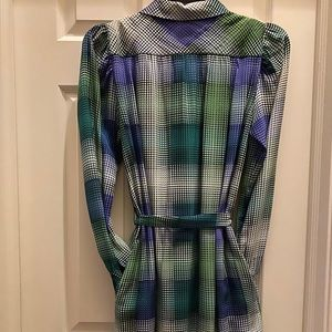 BCBGMaxAzria Dresses - BCBG silky work shirt dress